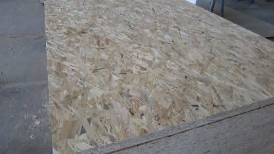 Moisture Proof Oriented Strand Board OSB With Sanding Finished Surface 1220*2440